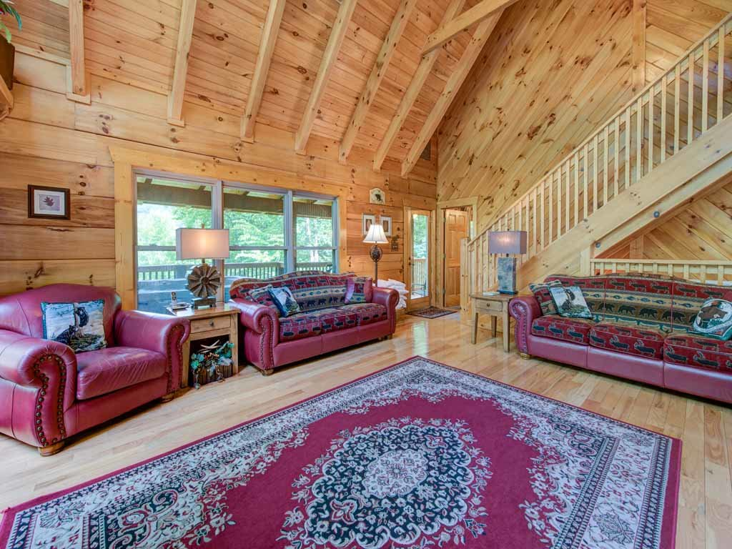 Photo of a Gatlinburg Cabin named Cozy Bear Lodge - This is the fourth photo in the set.