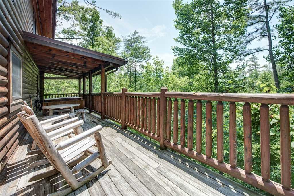 Photo of a Gatlinburg Cabin named Natural Beauty - This is the twenty-first photo in the set.