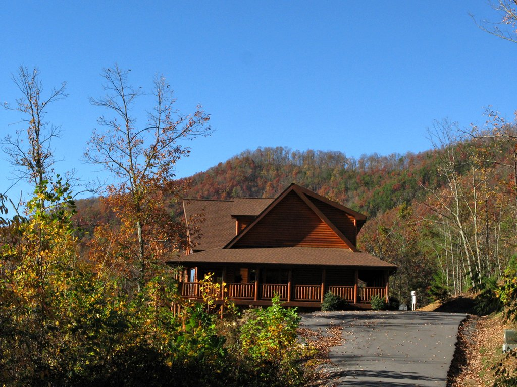 Photo of a Gatlinburg Cabin named Big Bear Lodge - This is the fourteenth photo in the set.