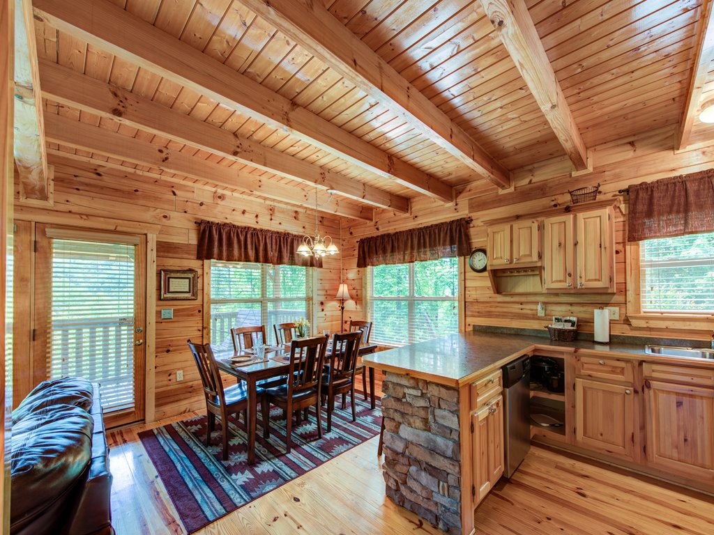 Triple mountain view cabin in gatlinburg w 3 br sleeps10 for Nuvola 9 cabin gatlinburg