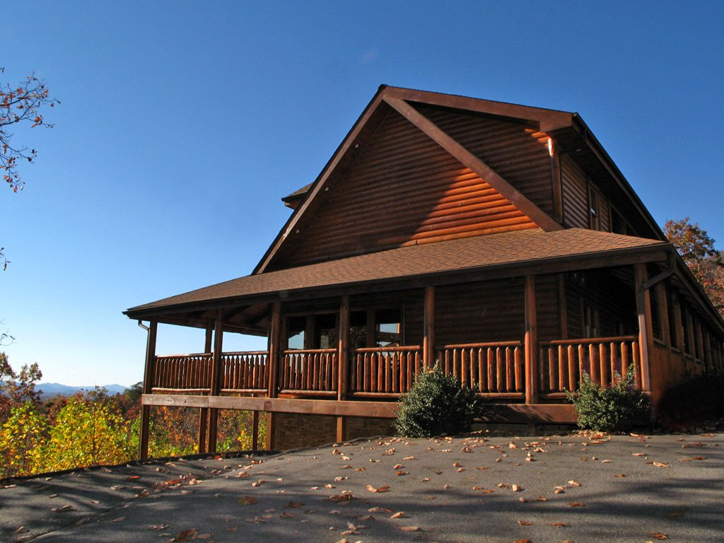 Photo of a Gatlinburg Cabin named Big Bear Lodge - This is the twenty-eighth photo in the set.