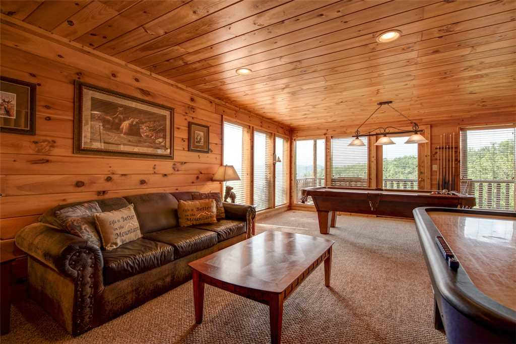 Photo of a Pigeon Forge Cabin named Absolutely Perfect - This is the ninth photo in the set.