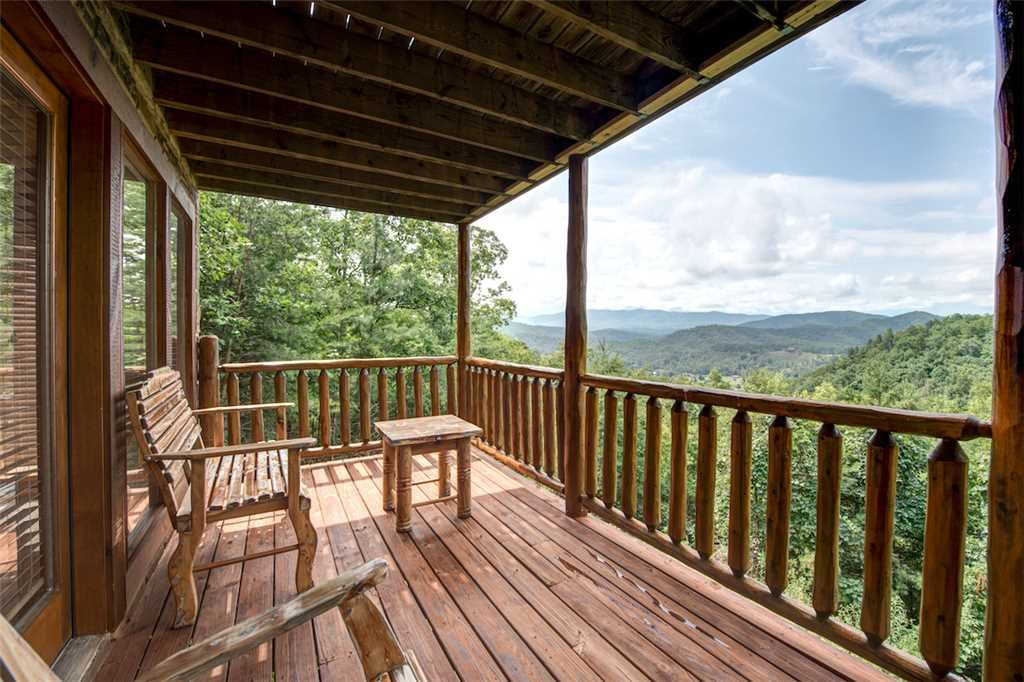 Photo of a Pigeon Forge Cabin named Absolutely Perfect - This is the twenty-third photo in the set.