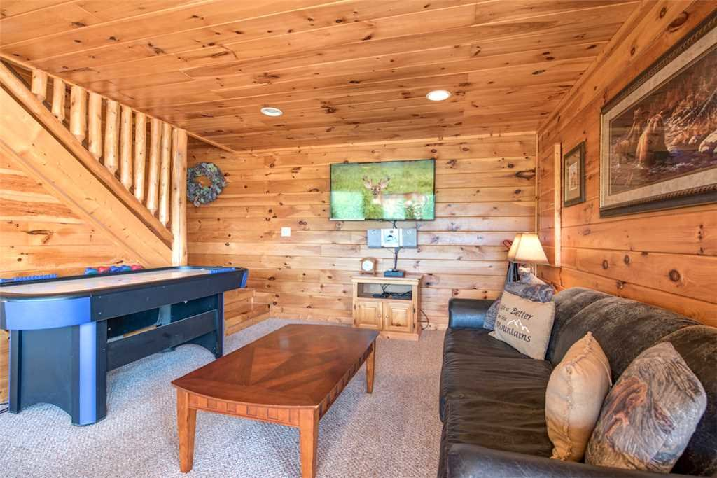 Photo of a Pigeon Forge Cabin named Absolutely Perfect - This is the eleventh photo in the set.