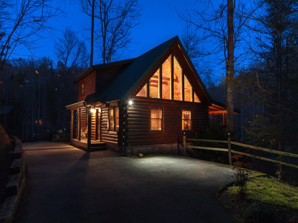 Photo of a Gatlinburg Cabin named Hidden Haven - This is the third photo in the set.