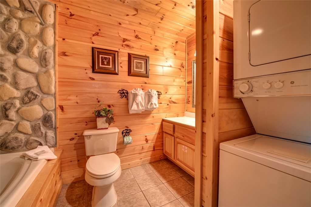 Photo of a Pigeon Forge Cabin named Absolutely Perfect - This is the nineteenth photo in the set.