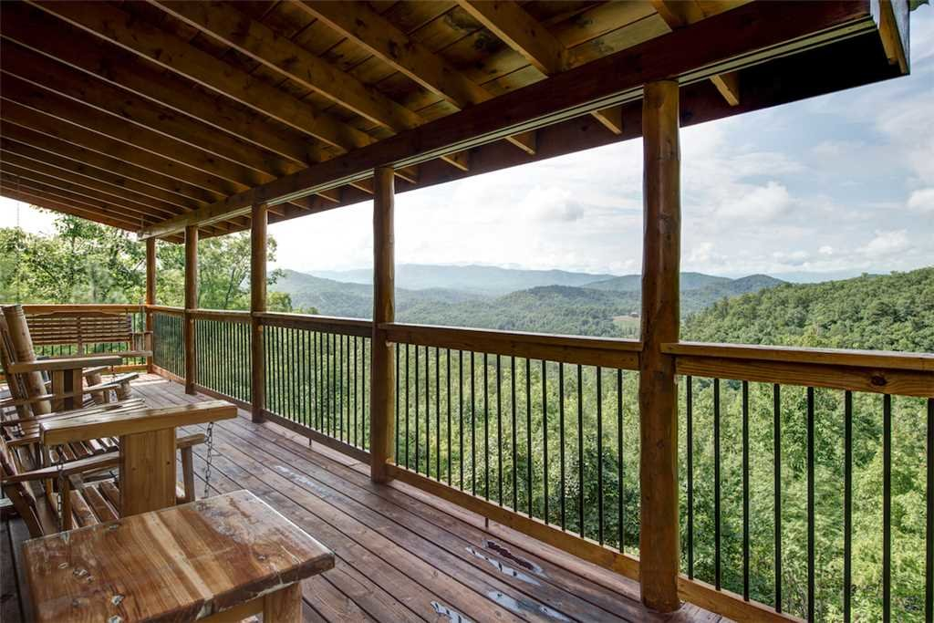 Photo of a Pigeon Forge Cabin named Absolutely Perfect - This is the twentieth photo in the set.
