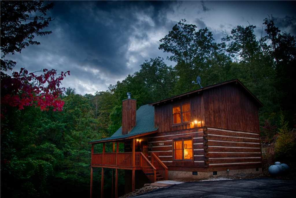 Photo of a Gatlinburg Cabin named Time For Two - This is the twenty-first photo in the set.