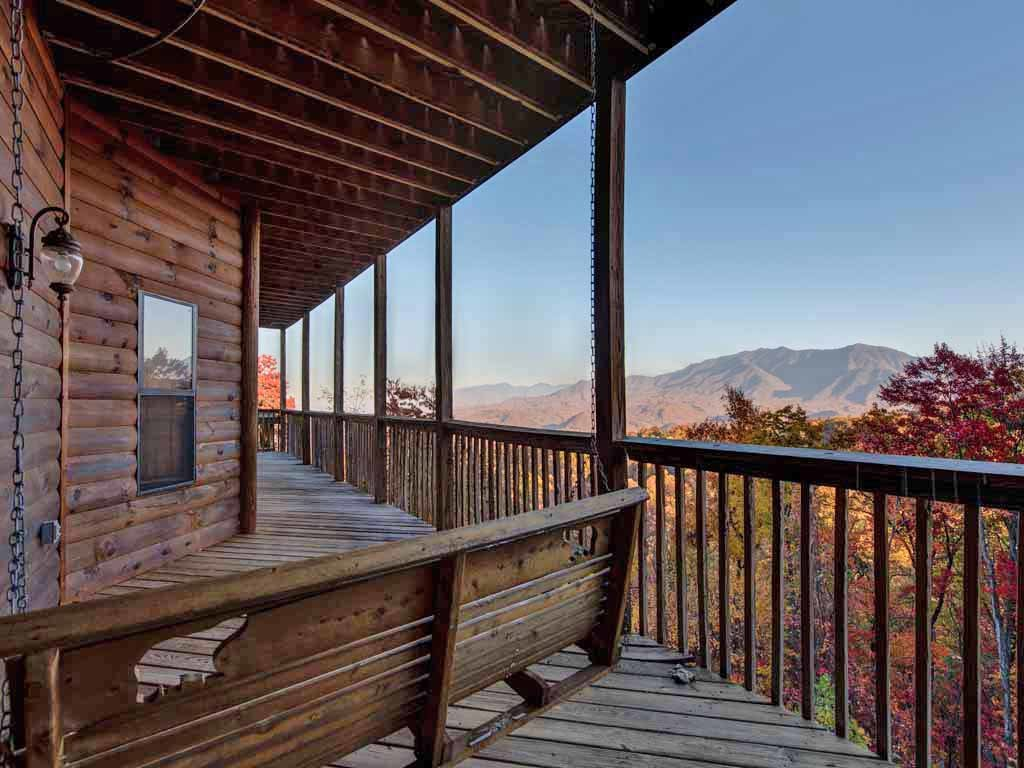 Photo of a Gatlinburg Cabin named Smokerise Lodge - This is the thirtieth photo in the set.
