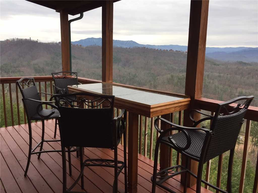 Photo of a Pigeon Forge Cabin named Peaceful View - This is the twenty-fourth photo in the set.