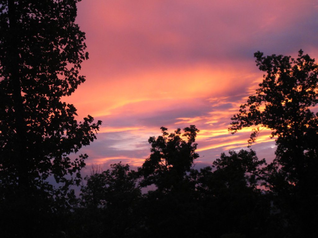Photo of a Pigeon Forge Cabin named A Sunset To Remember - This is the twenty-sixth photo in the set.