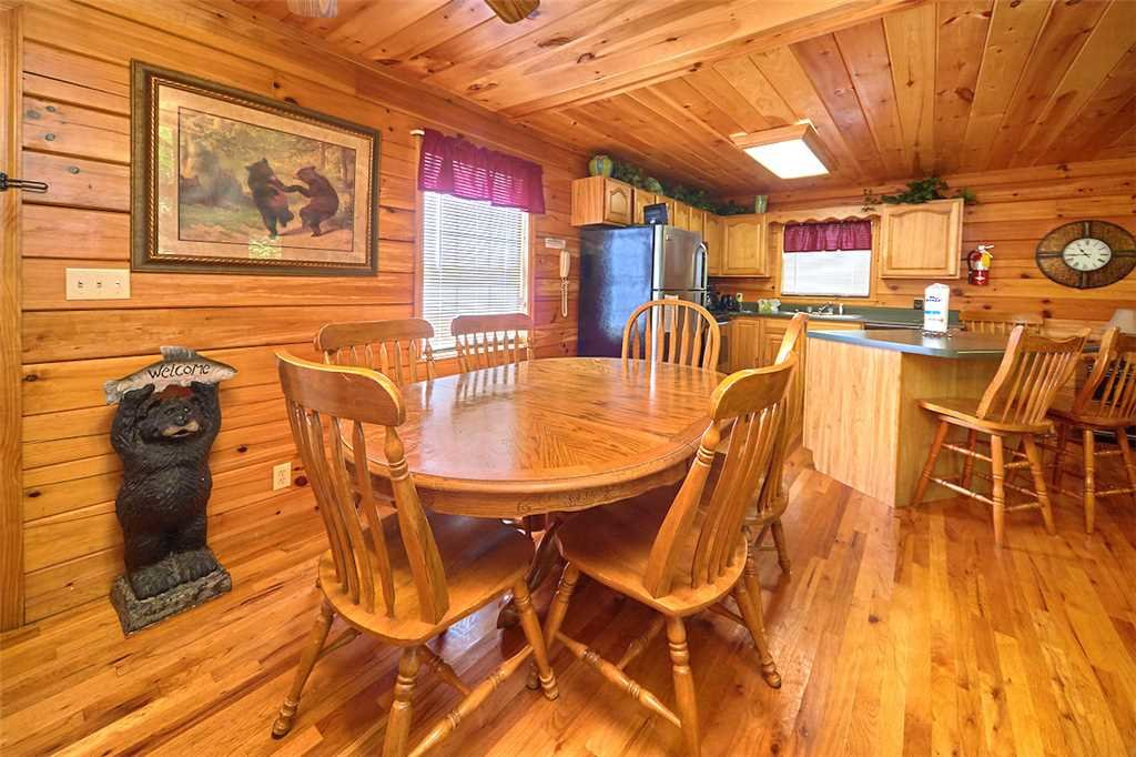 Photo of a Sevierville Cabin named Good Times - This is the sixth photo in the set.