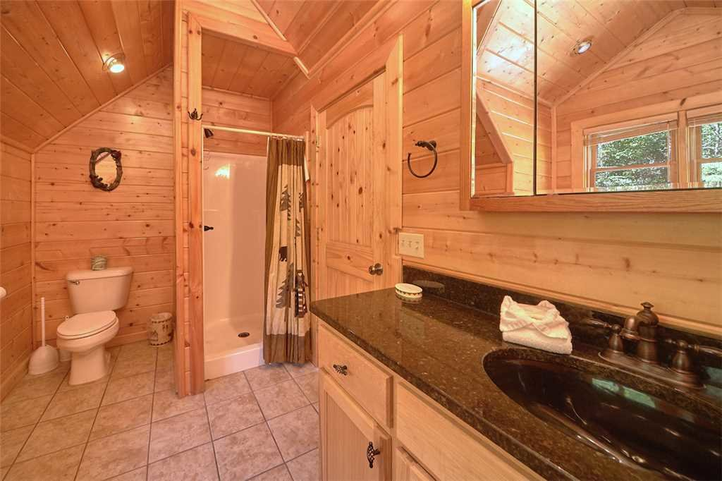 Photo of a Gatlinburg Cabin named Changes In Latitude - This is the sixteenth photo in the set.