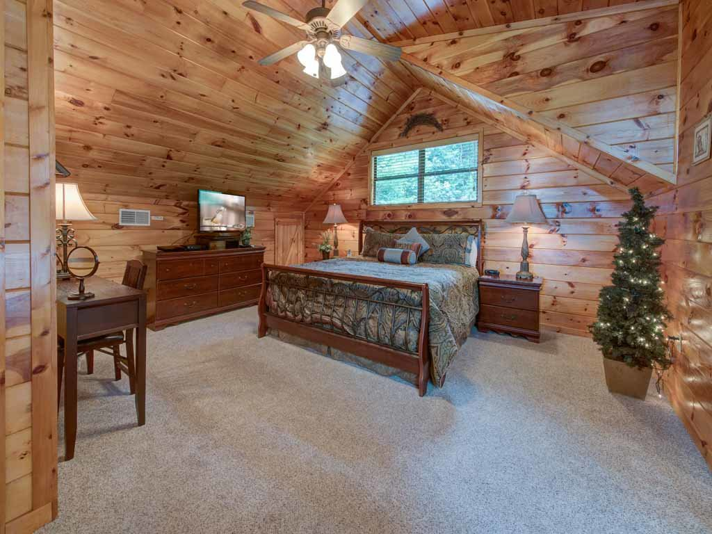 Photo of a Gatlinburg Cabin named Our Mountain Getaway - This is the twenty-second photo in the set.