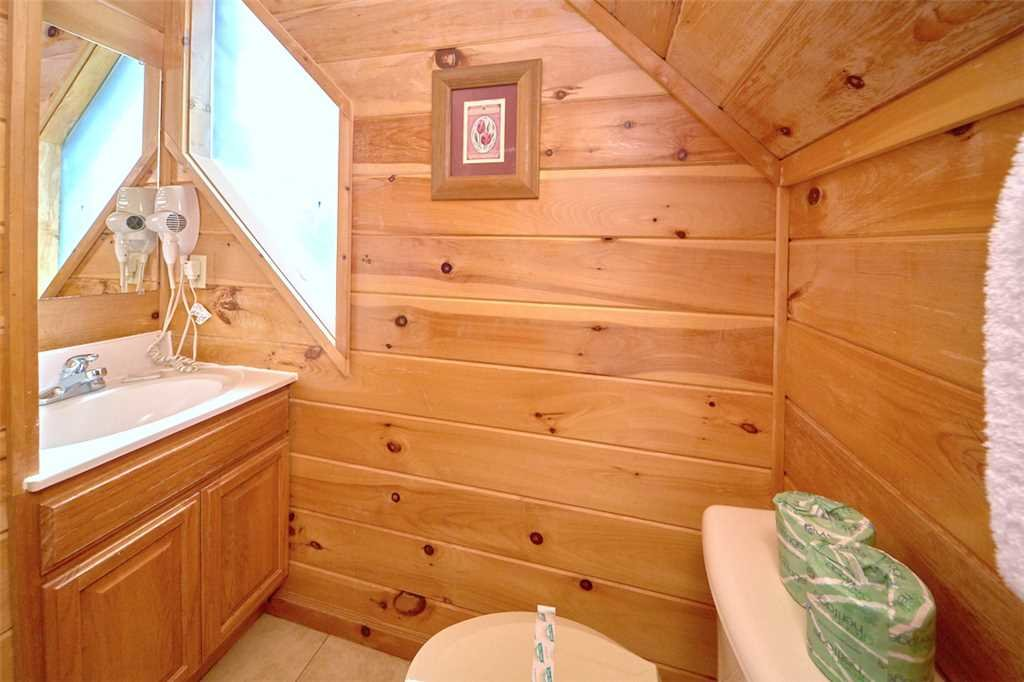 Photo of a Sevierville Cabin named Good Times - This is the seventeenth photo in the set.