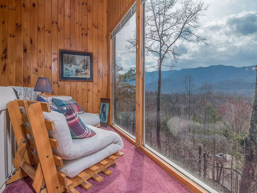 Photo of a Gatlinburg Cabin named Mountain Top - This is the sixteenth photo in the set.