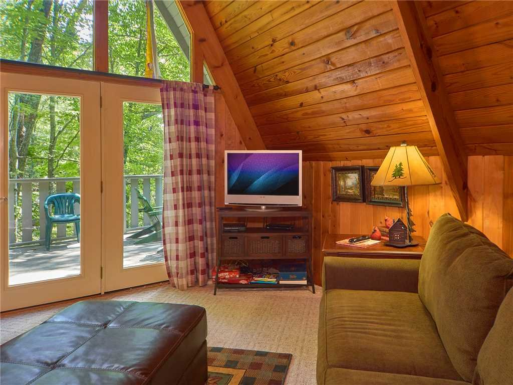 Photo of a Gatlinburg Cabin named Sweet Blessings - This is the fourth photo in the set.