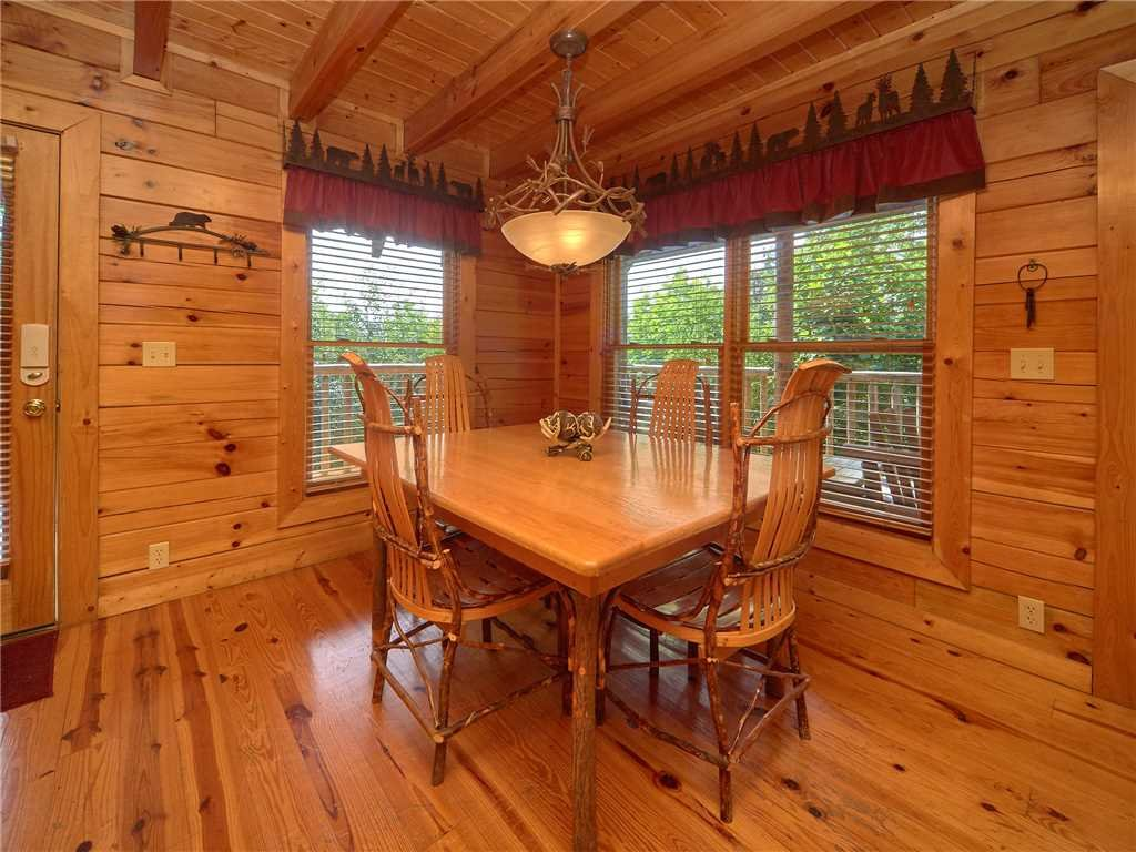 Photo of a Sevierville Cabin named Close To Heaven - This is the fifth photo in the set.