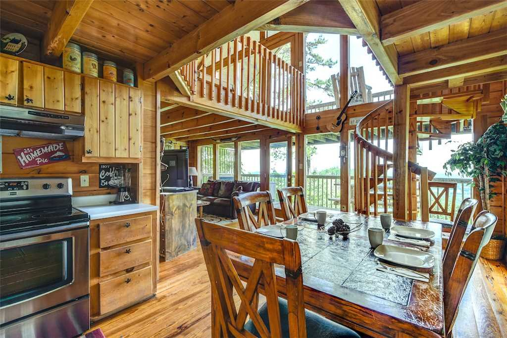 Photo of a Pigeon Forge Cabin named Solid Gold - This is the sixth photo in the set.