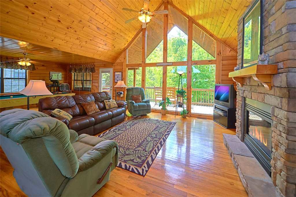 Photo of a Sevierville Cabin named African Safari - This is the first photo in the set.