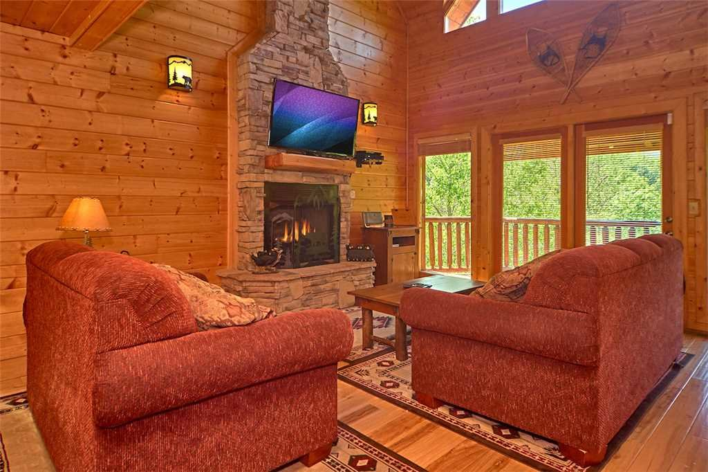 Photo of a Gatlinburg Cabin named Changes In Latitude - This is the third photo in the set.