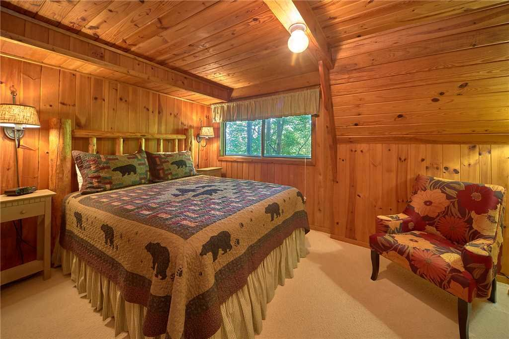 Photo of a Gatlinburg Cabin named Sweet Blessings - This is the eighth photo in the set.