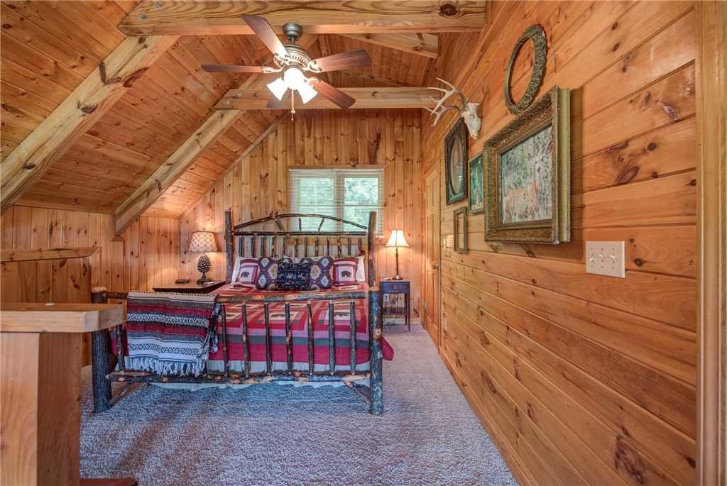 Photo of a Pigeon Forge Cabin named Scenic Solitude - This is the eleventh photo in the set.