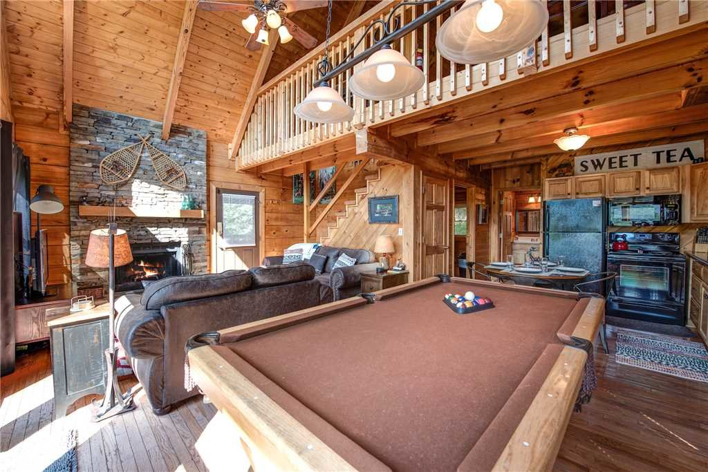 Photo of a Pigeon Forge Cabin named Scenic Solitude - This is the ninth photo in the set.