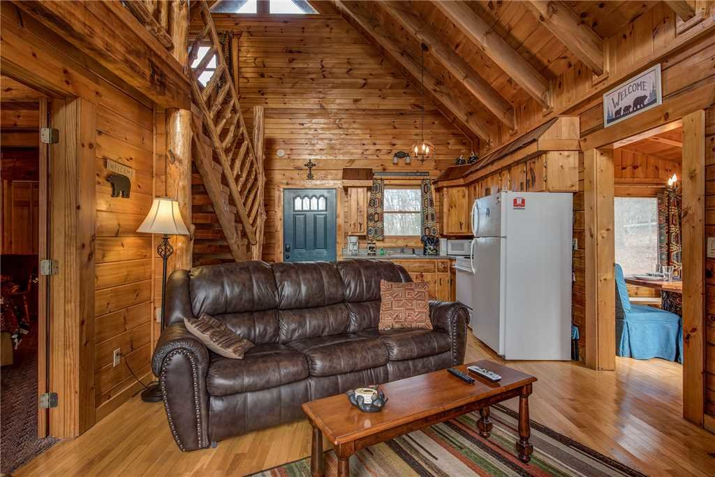 Photo of a Gatlinburg Cabin named Peaceful Mountain Gem - This is the third photo in the set.