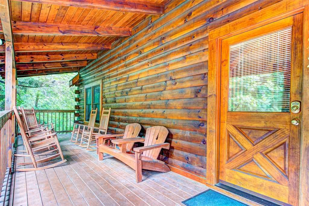 Photo of a Pigeon Forge Cabin named Southern Dream - This is the thirty-seventh photo in the set.