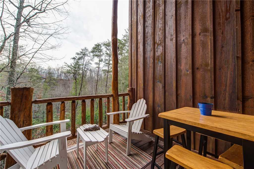 Photo of a Gatlinburg Cabin named Peaceful Mountain Gem - This is the seventeenth photo in the set.