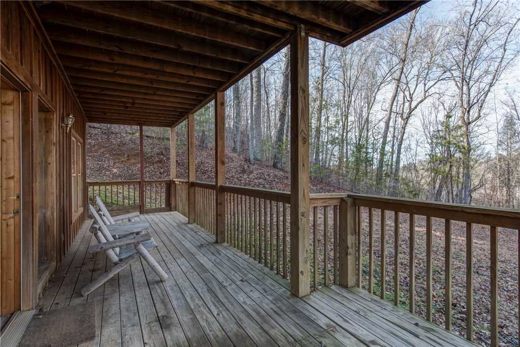 Photo of a Pigeon Forge Cabin named Cocoa Bear - This is the twentieth photo in the set.
