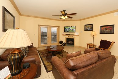 Mountain View Condo 3507 a 3 bedroom condo right on the Pigeon Forge Parkway.