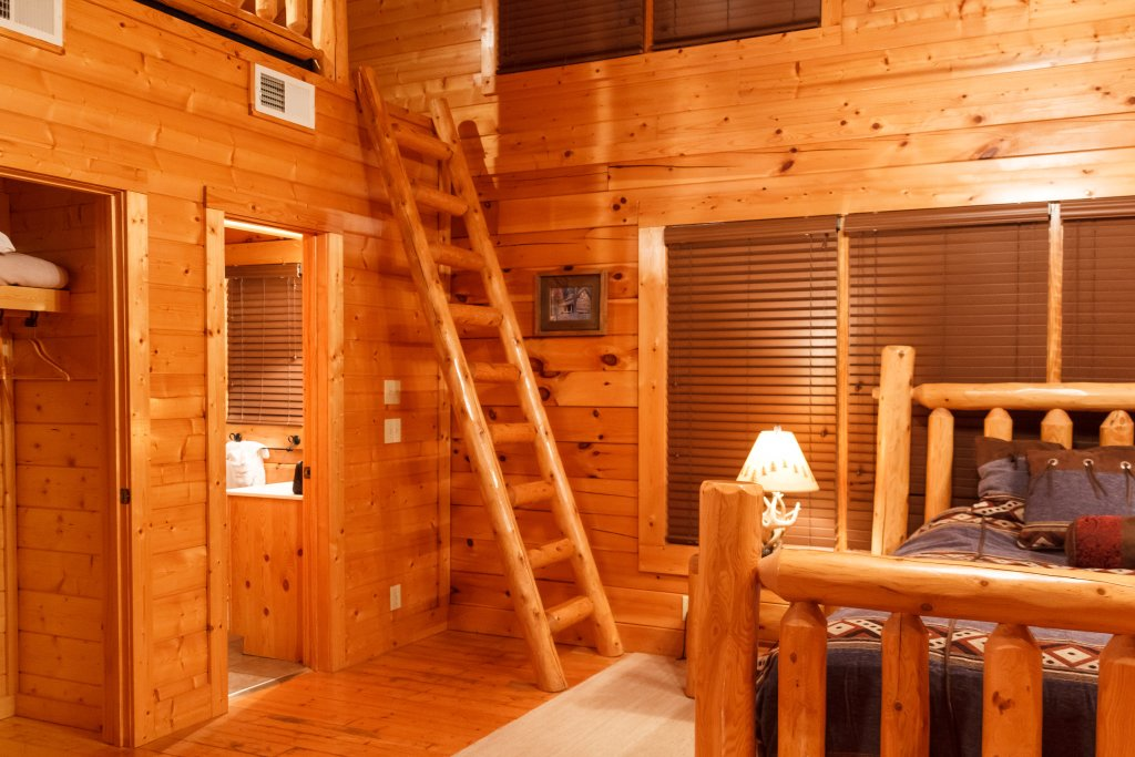 Photo of a Sevierville Cabin named Dream On High - This is the eleventh photo in the set.