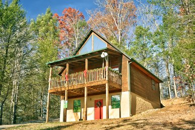 Secluded, Romantic Gatlinburg Log Cabin 4 Miles To Downtown