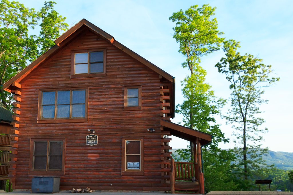 Photo of a Pigeon Forge Cabin named Dream On High - This is the eighth photo in the set.