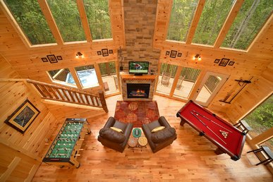 Luxury 2 Bedroom Gatlinburg Cabin With 18 Foot Rain Shower!