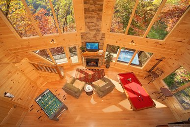 Amazing 2 Bedroom Romantic Cabin - 18 Foot Rain Tower Shower