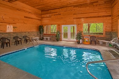 3 Bedroom Luxury Cabin With Indoor Pool, 9 Foot Theater Screen - Sleeps 12