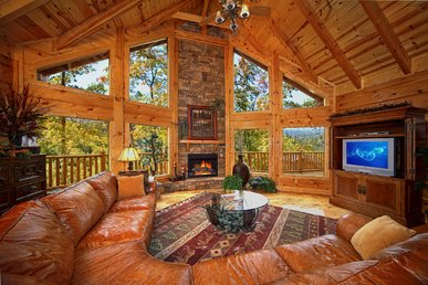 Enjoy Mountain Views In This Huge 4 Bedroom True Log Cabin In Gatlinburg