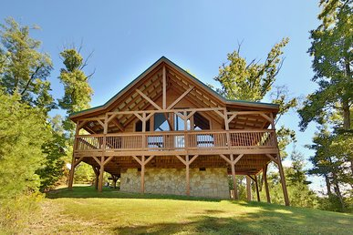 Two Bedroom Pet Friendly Smoky Mountain Cabin With Views, Pool Table, Privacy