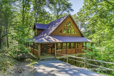 Luxury 2bedroom Resort Cabin 5 Miles From Downtown Gatlinburg & Pigeon Forge