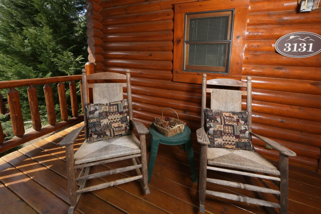 Photo of a Pigeon Forge Cabin named Smoky Cascades - This is the fourth photo in the set.