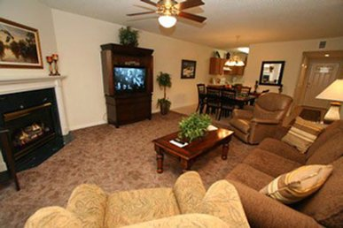 Gas Fireplace, Sleeps 6, 2 King Beds + Sleeper Sofa For Kids