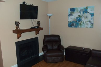 Oak Square, One Bedroom Condo In The Heart Of Gatlinburg (unit 403)