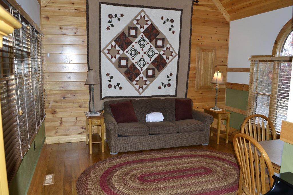 Photo of a Sevierville Cabin named Parkside Haven - This is the thirty-second photo in the set.