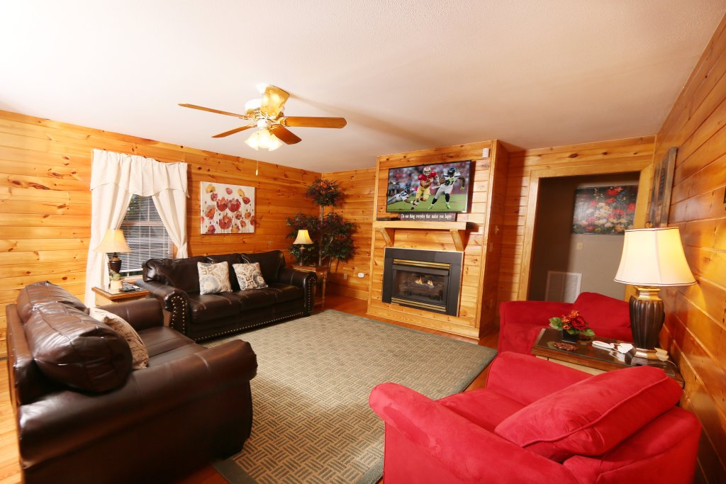 Photo of a Pigeon Forge Cabin named Pinnacle View 7c - This is the seventh photo in the set.
