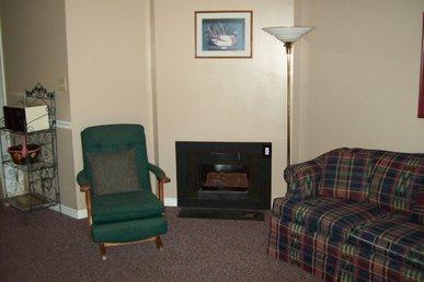 One Bedroom Condo In Downtown Gatlinburg (unit 203)