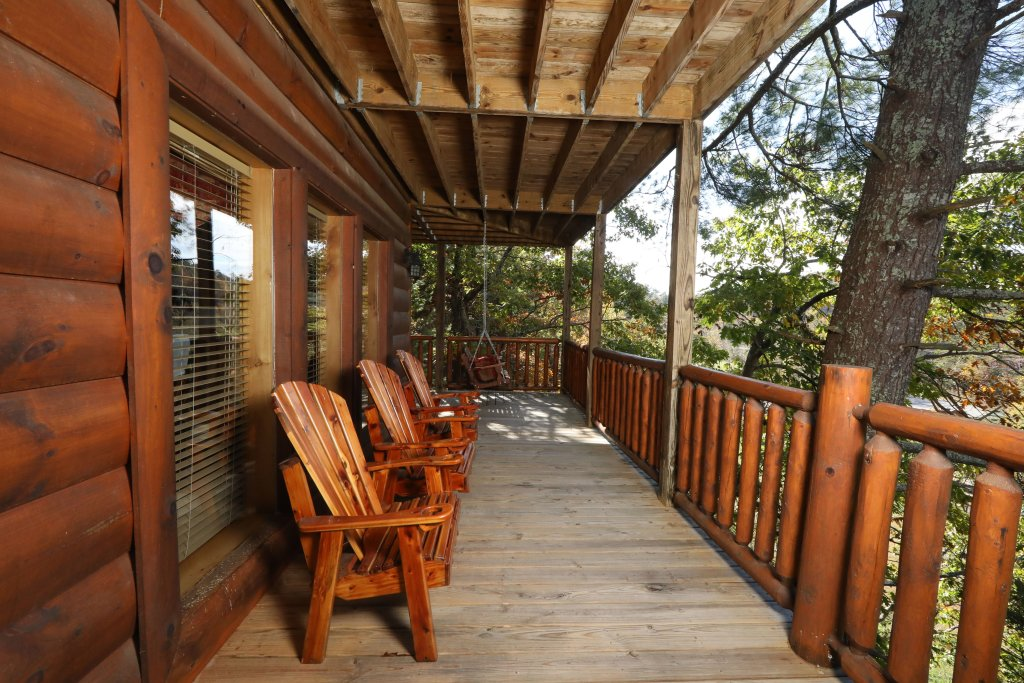 Photo of a Pigeon Forge Cabin named Blessed Nest - This is the twelfth photo in the set.