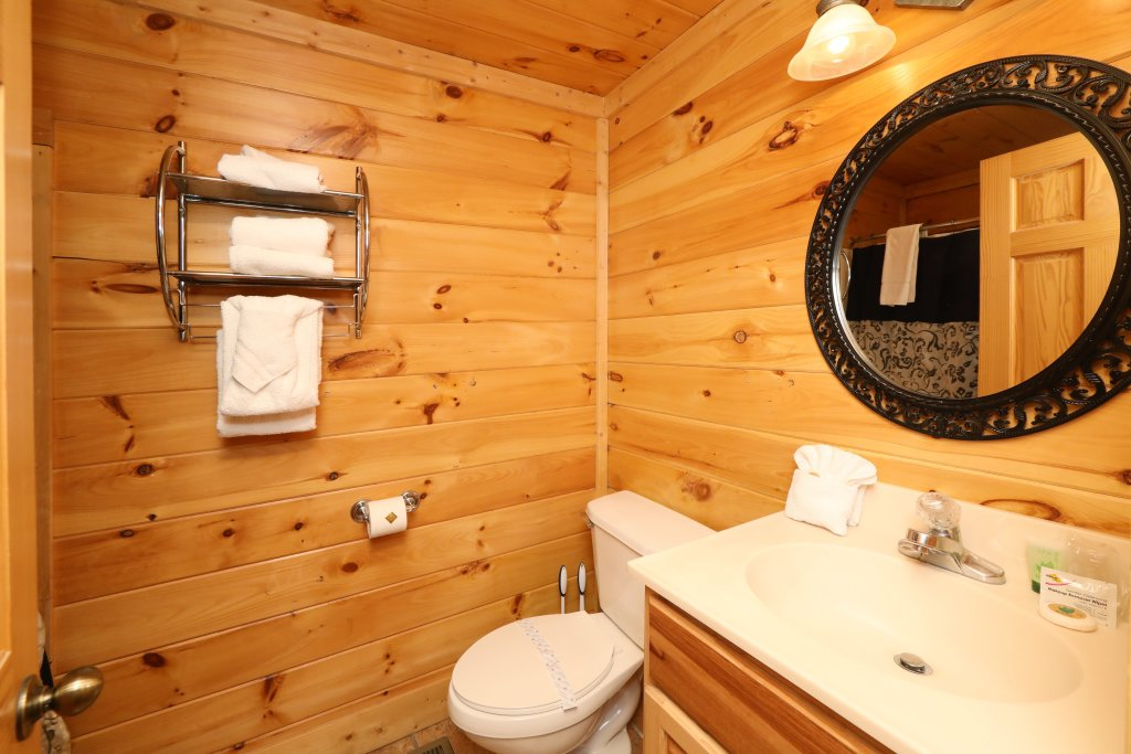 Photo of a Pigeon Forge Cabin named Blessed Nest - This is the thirty-second photo in the set.
